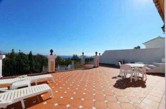 Beautiful Home Andalusian Style Complex Close All Amenities