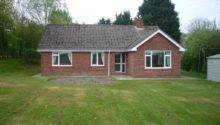 Bedroom Bungalow Rent Melchet Park Sherfield English