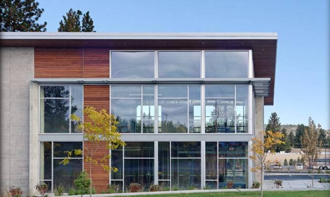 Building Desoto Martha Washington Woodhills Office