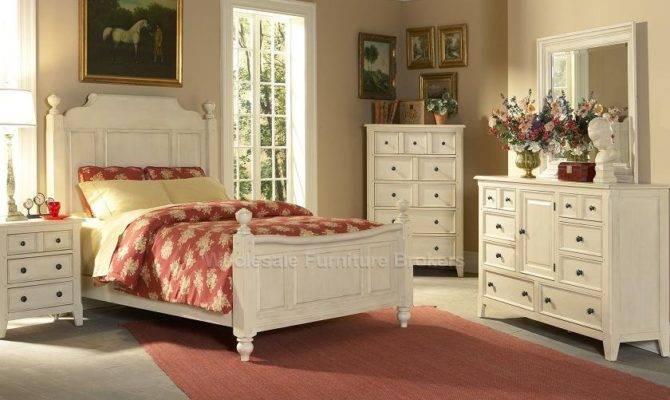 Cape Cod Poster Bed Bedroom Furniture Set Liberty