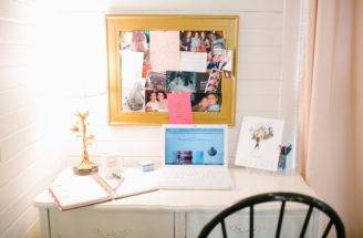 Cat Cantrell Houston Garage Apartment Tour Everygirl