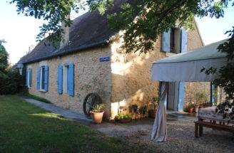 Dordogne Accommodation French Country Cottage Les Chouettes
