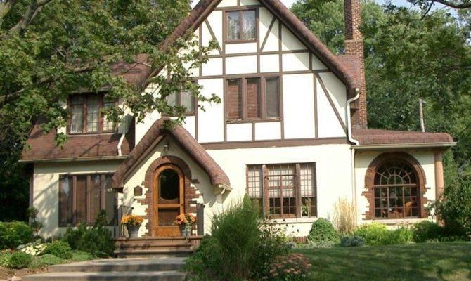 English Style House