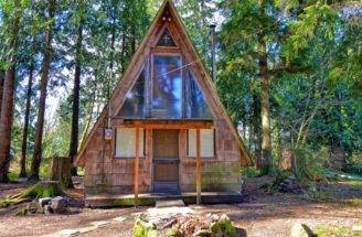 Frame Tiny Home Sale Would Make Perfect Summer Getaway