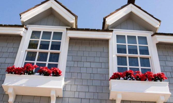 Istock Cape Cod Windows Rend Hgtvcom Jpeg