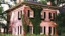 Italianate Classic Brick Built