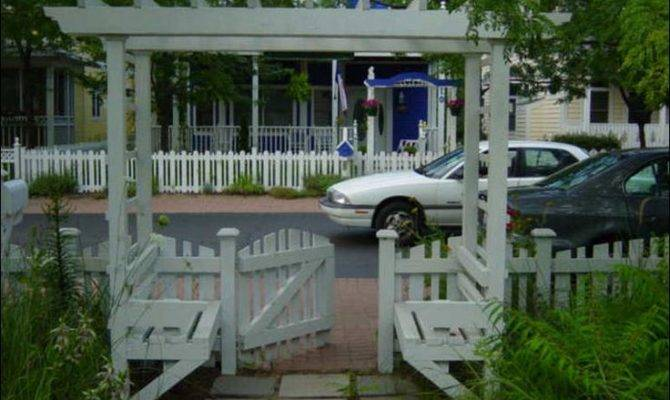 Like Arbor Benches Because Has Gate Perfect