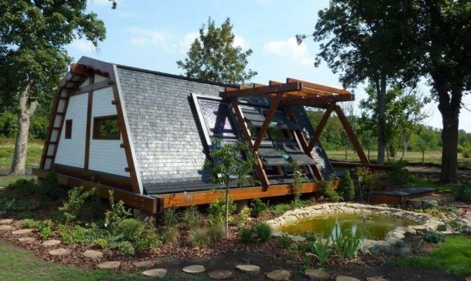 Make Self Sustaining House Modern Style Design Idea