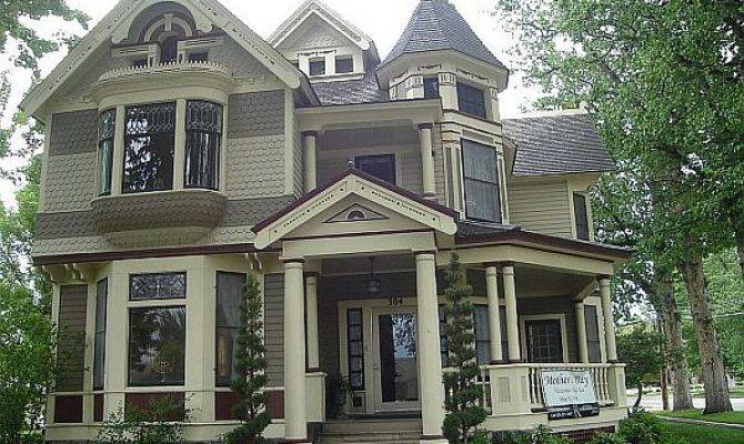 Photos Victorian Style Homes Not Always Have Expensive