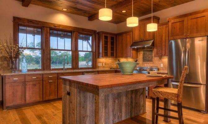Rustic Style Kitchens Often Have Regional American Flair Adirondack