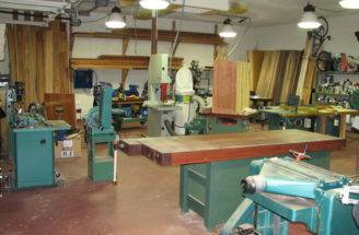 Small Woodworking Shop Design Quite Woodoperating Router