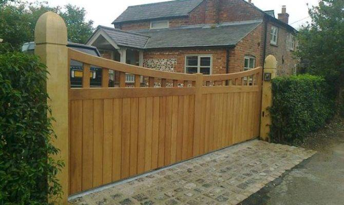 Sturdy Wood Driveway Gate Exterior House Design
