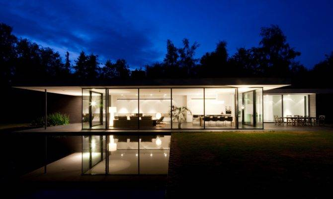 Ultra Modern Minimal Glass House Design Moderndesign
