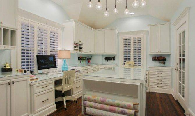Amazing Practical Craft Room Design Ideas