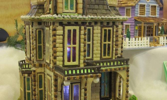 Amy Bradley Designs Gingerbread Houses Galore