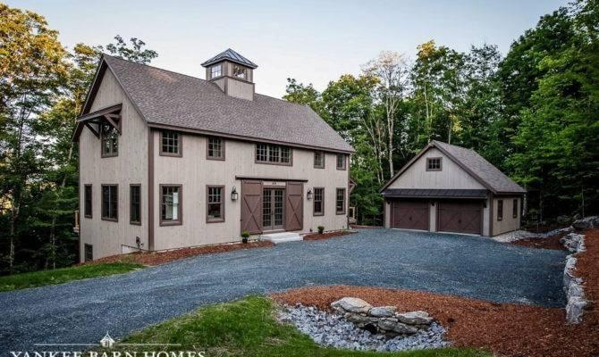 Barn Style Home Stuns Grantham Lakehouse