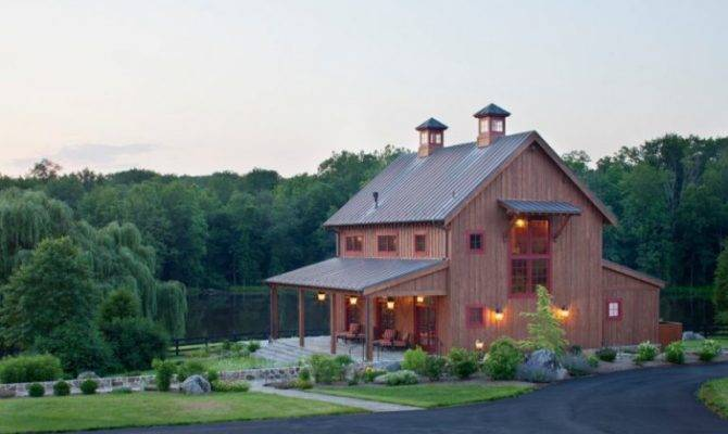 Beautiful Houses Look Like Barns Amazed