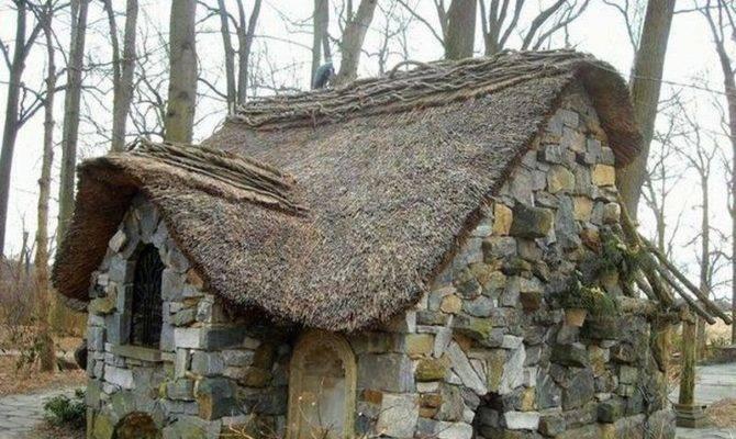 Beautiful Natural Built Homes