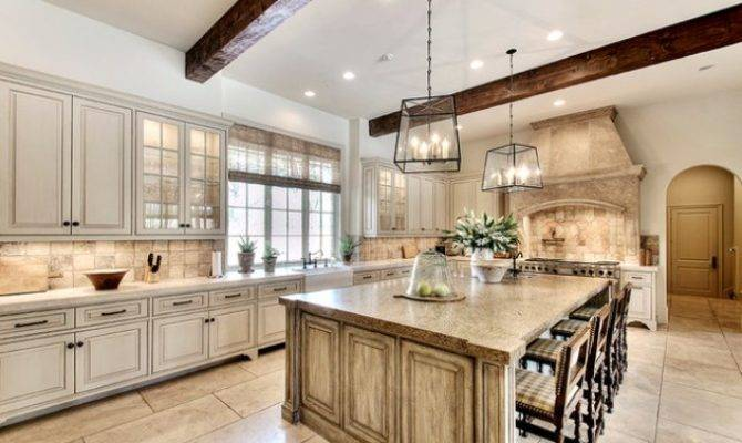 Beauty Big Spacious Kitchens