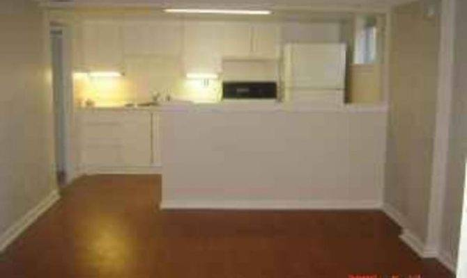 Bedroom Spacious Basement Apartment Scarborough