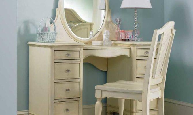 Bedroom Vanity Mirror Makeup Plan