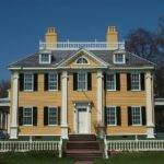 Best Classic Colonial Home Design Symmetrical