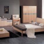 Best Layout Small Bedroom Decobizz