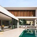 Best Shaped Modern House Design Plan