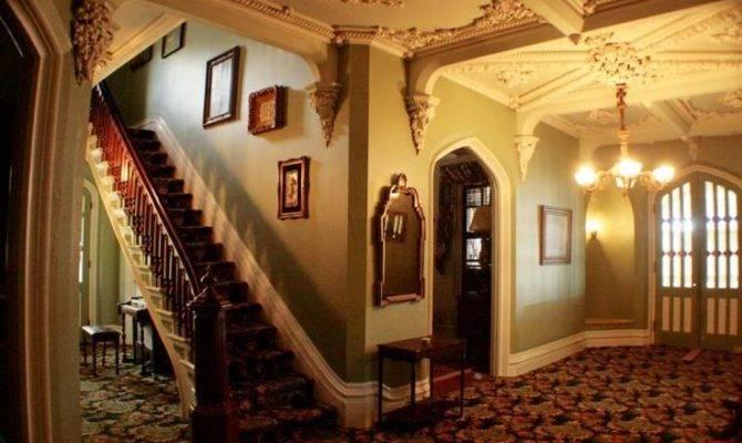 Best Victorian Style Interior Design