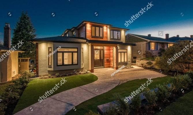 Big Luxury Modern House Dusk Night