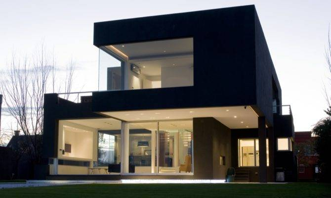 Black House Andres Remy Arquitectos Architecture