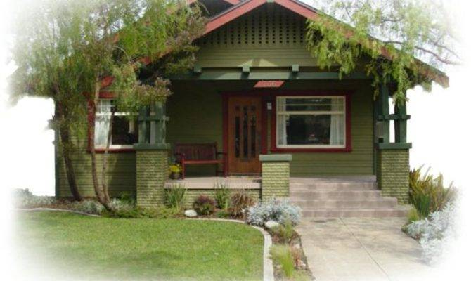 Bungalow House Featuring Craftsman Fonts Other Great Blogs
