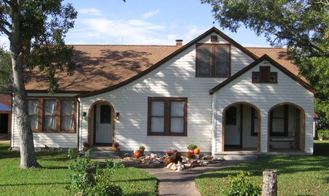 Bungalow Style House Homes