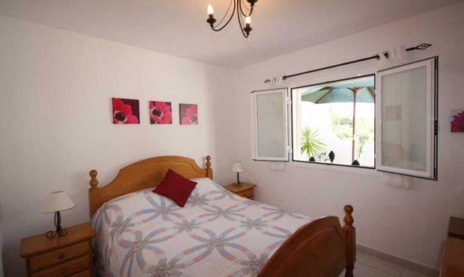 Cala Llonga Cheap Bedroom Apartment Sale Close