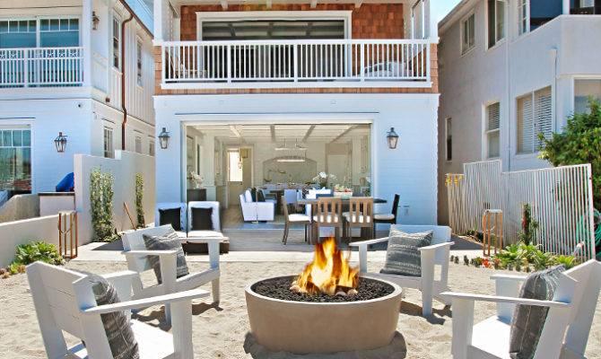 California Beach House Crisp White Coastal Interiors
