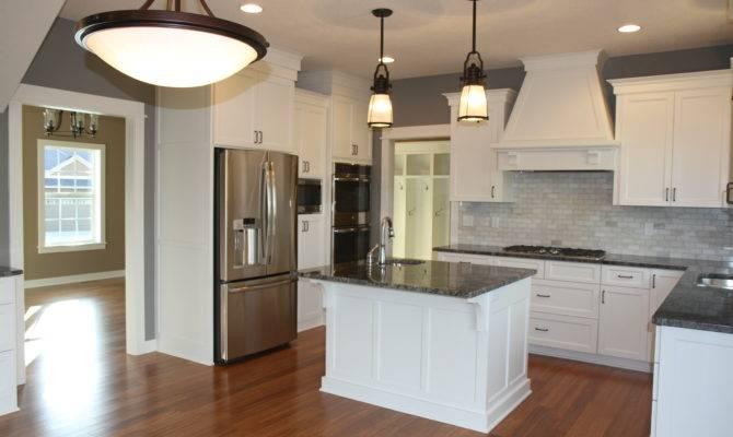 Cape Cod Farmhouse Style Kitchen Homes Pinterest