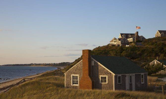 Cape Cod Style House New World