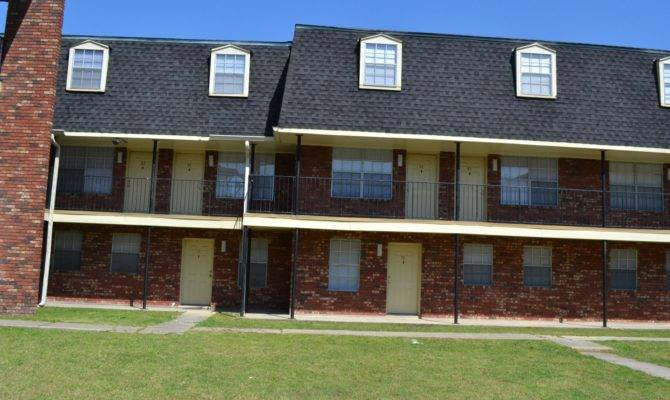 Carriage House Apartments New Orleans