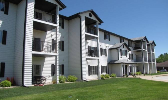Carriage House Apartments Rent Myrentersguide