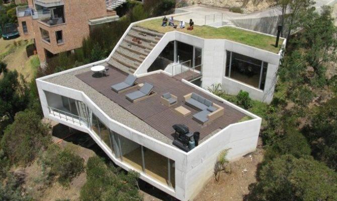Casa Has Green Roof Into Living Room Inhabitat Design
