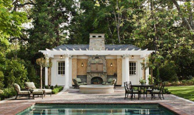 Central Architecture Pool House Designs