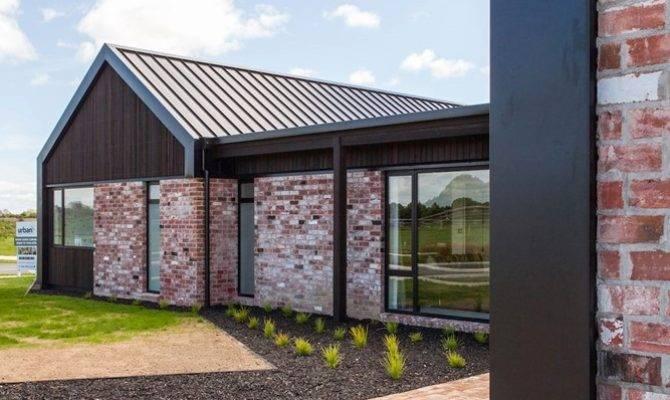 Changing House Facade Brick Sch Rustic Charm Ledunnasir