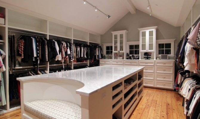 Chilled Ideas Huge Walk Closet Mark Your Day