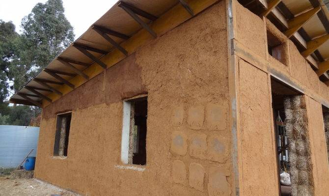 Choosing Plaster System Your Straw Bale House