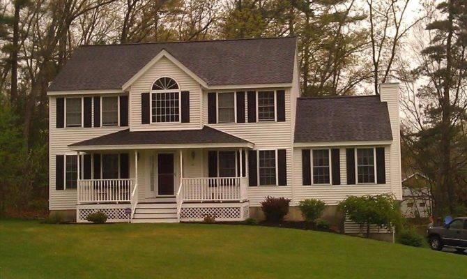 Collection Homes Colonial Farmhouse Porch