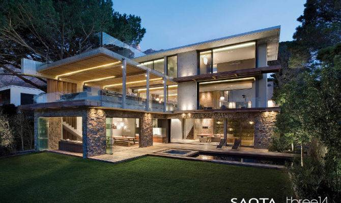 Contemporary Chic House Comfortable Relaxed Atmosphere