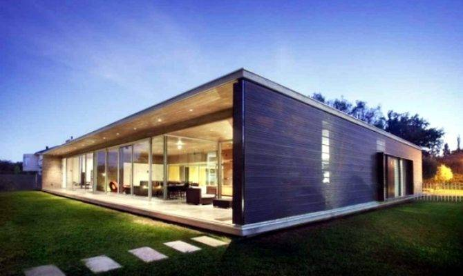 Contemporary Wooden House Build Advantages Does