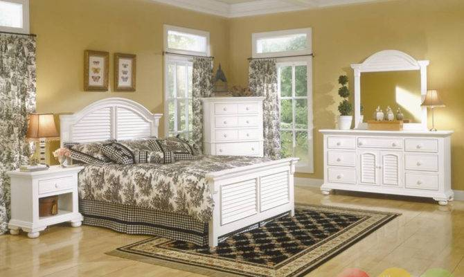 Cottage Bedroom Regarding Designing Home Inspiration