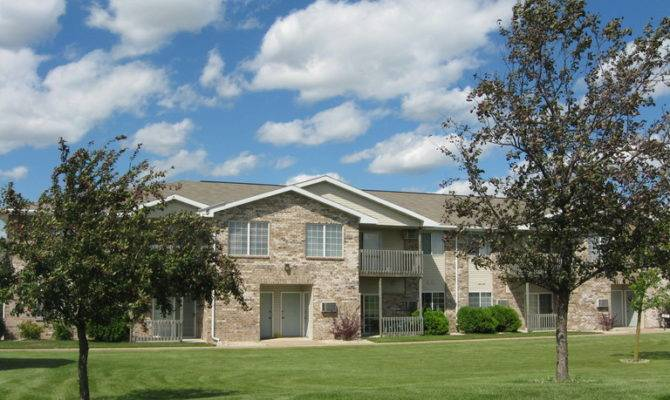 Country Home Apartments Appleton