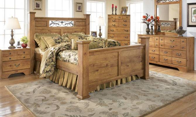 Country Style Bedrooms